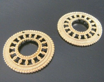 Matte Gold Multiple Circle Connector, Pendants, Charms, Earring Findings, 2 pc MK110235