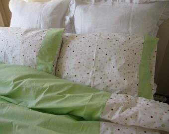 Twin XL duvet cover with pillow cover, Pistachio green Pink polka dot romantic,Shabby chic bedding - Dorm room girl bedding by Nurdanceyiz