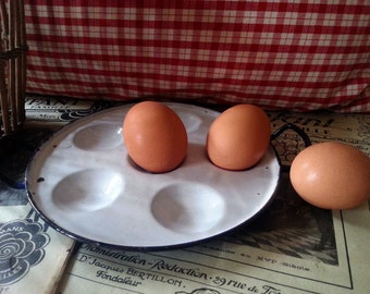 Vintage French enamel egg pan