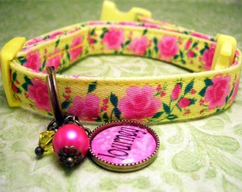 Safety cat collar - Toy Dog collar - Small Dog collar - Dog charm - Cat charm - Personalized - Cat Collar - Name Charm - Pink Roses