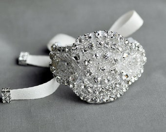 Bridal Rhinestone Pearl Bracelet Cuff Vintage Wedding Crystal Bracelet Bangle Rhinestone Appliqué Brooch Bouquet Wrap BL050LX