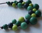 Bib Necklace Wooden Beads Green/Blue Wooden