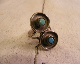 Vintage Modernist Style Turquoise and Nickel Silver Ring size 6