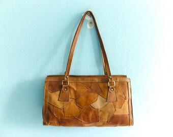 Vintage Patchwork Leather Bag Purse Handbag Shoulder Bag / Tan Tanned Light Brown Caramel / 70s