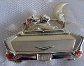 Vintage AJC Kats Meow Gold Tone Automobile Brooch Hip Hop Hollywood Regency