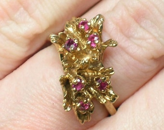 Red Topaz Ring, Berries & Leaves, Organic Modernist, Retro Mod era Yellow Gold 10K. Size 5 1/2