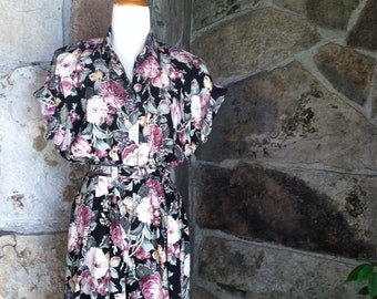 90s FLORAL ROMPER SHORTS onesie one piece belted shoulder pads S