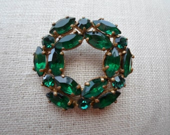 Vintage Emerald Green Rhinestone Pin Gold Tone Circle/Round Pin/Brooch 1950s to 1960s  Marquis Germany
