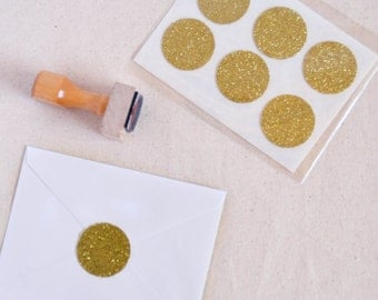 Round Gold Glitter Stickers. Circle Stickers. Envelope Seals. Wedding Stickers.1 1/2 inches
