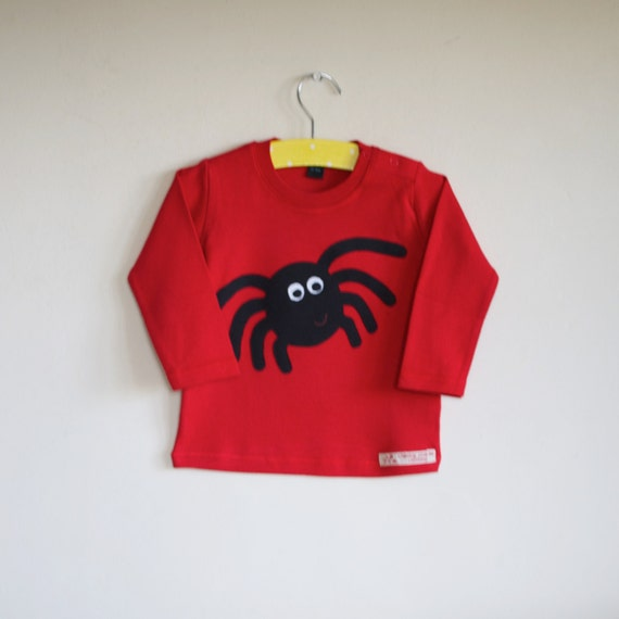 Enormous spider long sleeve applique t shirt 8-9 Years
