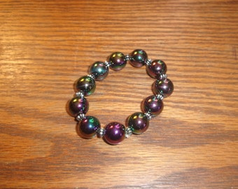 vintage bracelet irridescent beads stretchy