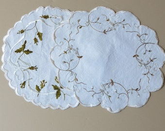 2 Vintage Society Silk Doilies Roses and Forget-me-nots 504+