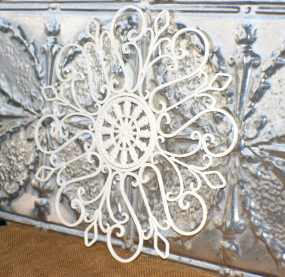 Metal Wall Art Medallion/ Creamy White/ By