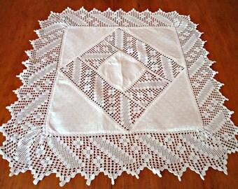 Linen Doily Demask Filet Crochet Trim Centerpiece White  B129