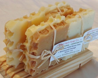 25 SHOWER FAVORS - Natural Honey Soap Sets - HONEYCOMB, bee theme, rustic weddings, baby and bridal showers - Non Edible, Unique Treat