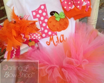 FREE SHIPPING Pumpkin Outfit for 1st Birthday -- This Pumpkin is 1 -- tutu, bodysuit, leg warmers and bow in orange and hot pink