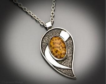 Golden Storm - Palmwood Necklace