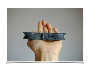 Felt Hair Bow Barrette ø Graphite ø LoftFullOfGoodies