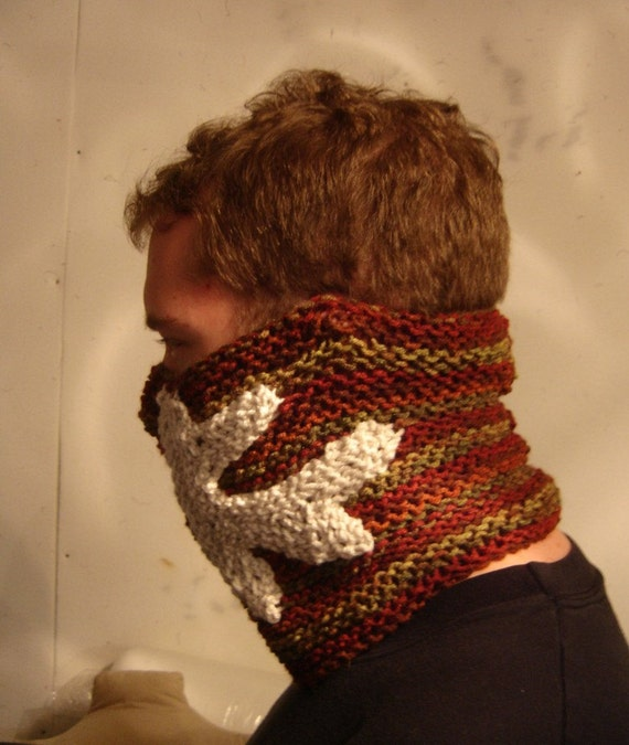 Antler design OOAK cosplay prop knitted cowl with crochet deer antler pattern red and hunter green cold weather gear