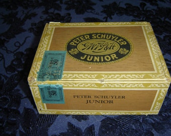 Peter Schuyler cardboard cigar box, Juniors 5-cent cigars, G.W. VanSlyke & Horton, vintage, advertising, storage box, 1940s, collectible