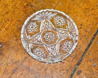 EAPC Early American Prescut Glass Small Round Dish Starburst Design