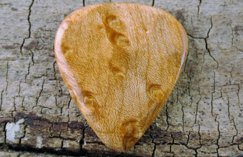 Bird s eye maple wooden guitar pick wood
