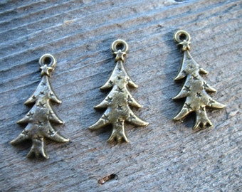 16 Bronze Christmas Tree Charms 26mm
