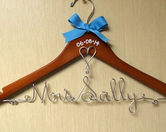 Personalized Wire Bridal Wedding Dress Clothes  Hanger with date, pearl and heart