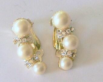 kramer pearl and rhinestone clip earrings