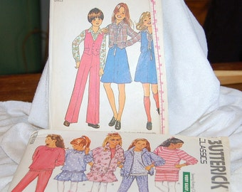 2 Vintage Girls Clothing Patterns -  Unused -  Size 7 / 8 - Simplicity 7909 & Butterick 6750