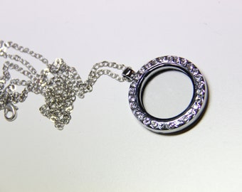 A set of 30mm round magnetic glass floating charm locket with rhinestone and necklace