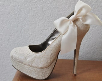 Ivory Ribbon Bow Shoe Clips - 1 Pair