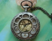 Large leaden filigree hollow sunflowers sun flowers Golden movement steampunk round pocket watch locket pendants necklaces