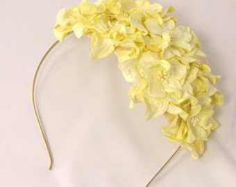 Bridal floral headpiece with Yellow flowers Vintage look Wedding hat