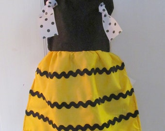 Bee Themed Childs Apron Size 3T-8