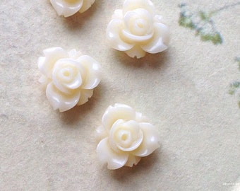 12 mm White Colour Resin Rose Flower Cabochons (.sm)