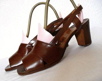 CARTIER PARiS . Unworn Unused Rare Leather Shoes Pumps 60s 1960s Made In France Chocolate Brown Us 6 Eu 36
