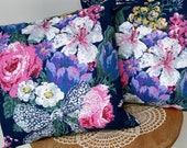 "2 Complete FLORAL THROW PILLOWS Navy Summer Bouquet 14"" x 14"""