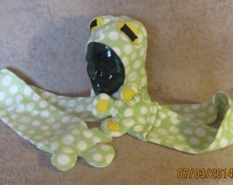 Green Polka Dot Frog Scoodie