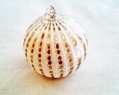 Hand-Blown Glass Holiday Ornament in Ivory and Pearlized Gold