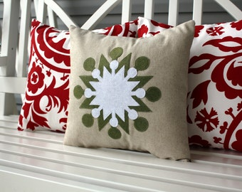 Double Flake In Sage Green Pillow Cover 14x14