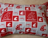 WSU Cougars Cotton 12 x 16 inch Envelope Style Pillow Cover with 12 x 16 Washable Polyester Pillow insert. choose with or with out pillow