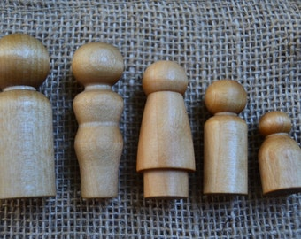 Natural Wooden Peg Family - Finished with Beeswax Polish -  Waldorf Inspired Figures for Creative Play