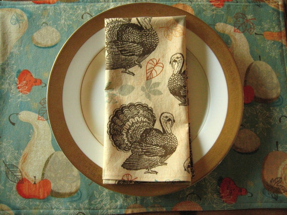 Thanksgiving cloth napkins 4 with turkeys by for Turkey napkins