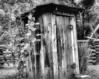 Outhouse, country decor, country living, vintage, shabby chic, bathroom decor, B&W, black and white