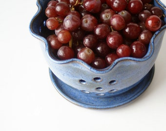 Pottery Berry Bowl, Ceramic Colander, Pottery Handmade, Ceramic Berry Basket. Wheel thrown Pottery