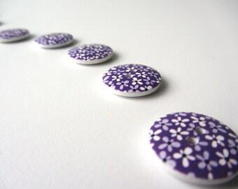 Purple flowers button 20 mm set of ten buttons nr. 39
