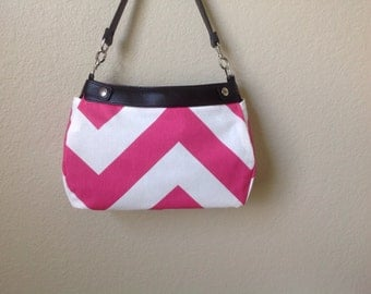 Huge hot pink chevron print Thirty One SUITE skirt purse cover handmade