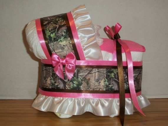 hot pink camo camouflage girl diaper bassinet baby shower gift table