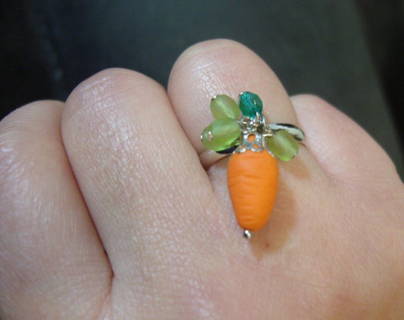 Carrot Ring Adjustable ring Rabbit with carrot ring by thessong